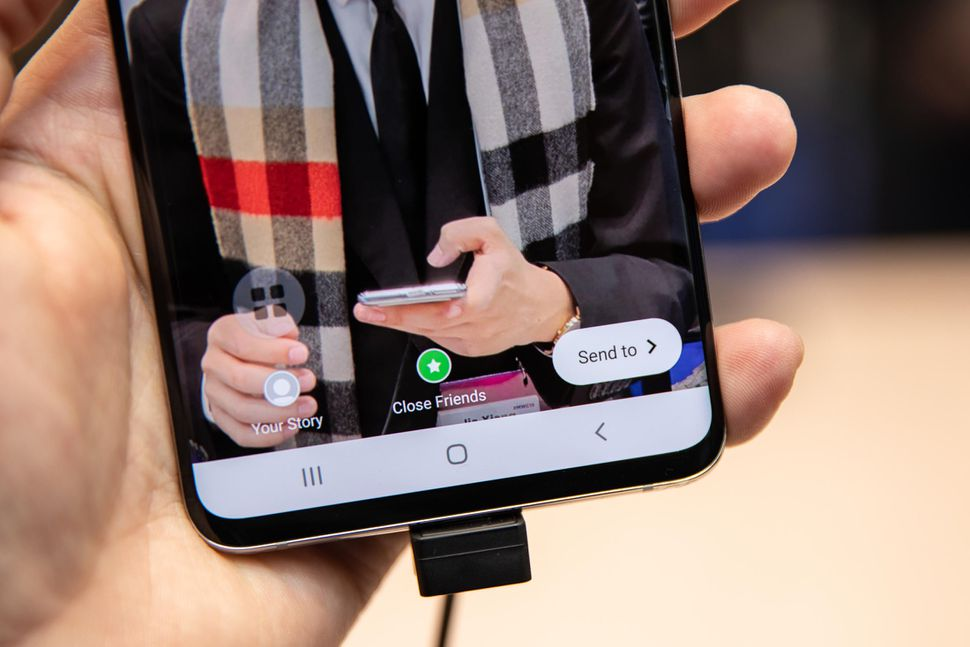Samsung Galaxy S10 Reviews, Galaxy S10 the Best Camera Picture Samsung Galaxy S10 ScreenGuide, Galaxy S10 testing, Galaxy S10 replacement Reviews,