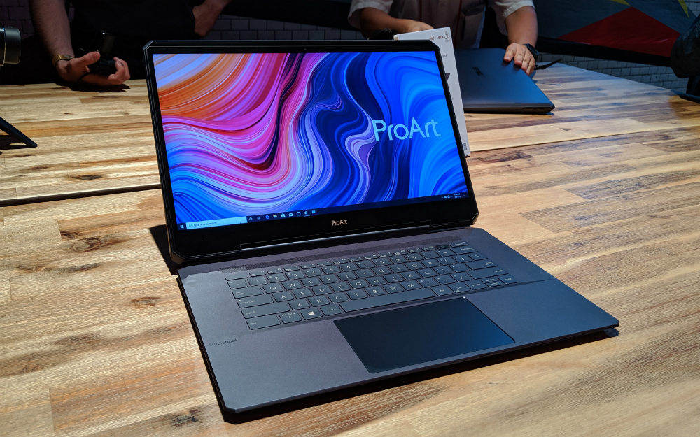 Asus ProArt StudioBook One First Impressions at IFA 2019, Asus ProArt StudioBook One First View, Asus ProArt StudioBook One Details