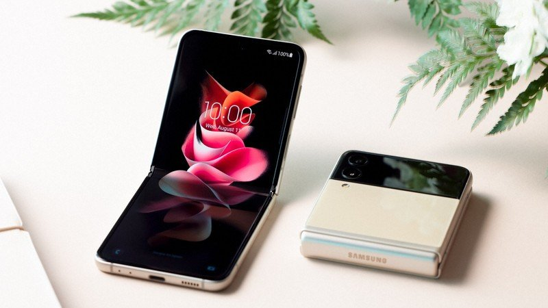 Samsung Galaxy Z Flip 3, Galaxy Z Flip 3 the Best Camera Picture Samsung Galaxy Z Flip 3 Screen Guide, Samsung Galaxy Z Flip 3 testing